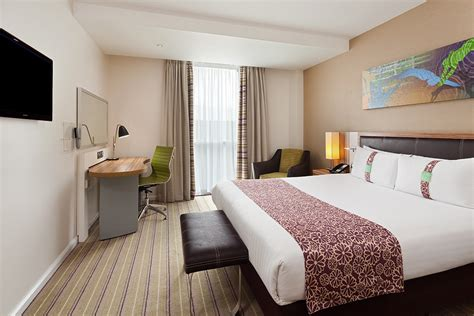 Standard Room by Standard 4 Hotel Rooms At Hi Stratford City