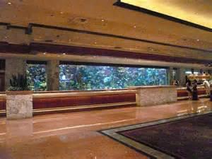 mirage front desk lobby fish tank mirage hotel las vegas july 2009 feel