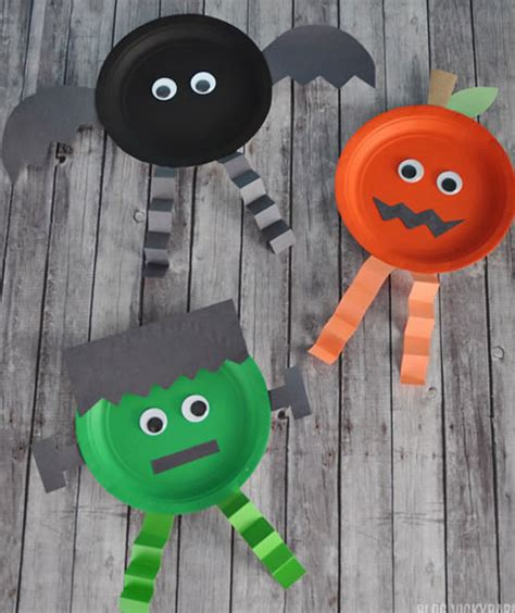 halloween decorations to make at home for kids paper plate halloween characters 10 halloween crafts for