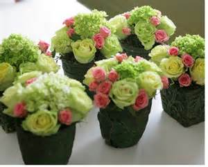 small wedding centerpieces green flowers with miniature pink roses