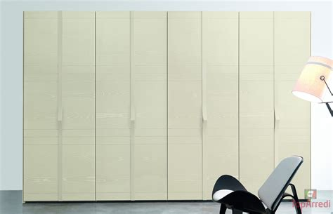 armadi ante battenti armadio 8 ante battenti linear