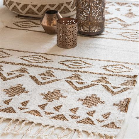 teppich ethno teppich mit ethno motiven 60 x 120 cm siwa maisons du monde
