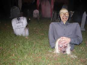 Halloween Horror Decorations 33 Best Scary Halloween Decorations Ideas Amp Pictures