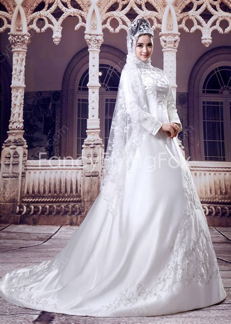 Graceful High Collar Long Sleeves A line Full Length Muslim Bridal Dresses With Appliques at