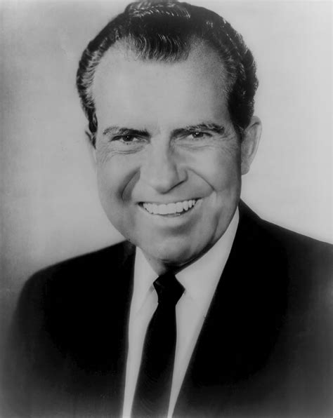 File:Richard Nixon, official bw photo, head and shoulders
