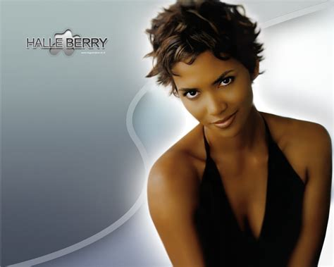 halle berry news halle berry bio and photos tvguide halle berry to play aretha franklin in the new aretha s