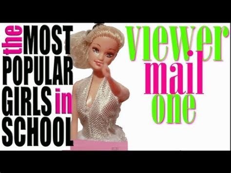 Most Popular Girls In School Memes - the most popular girls in school know your meme