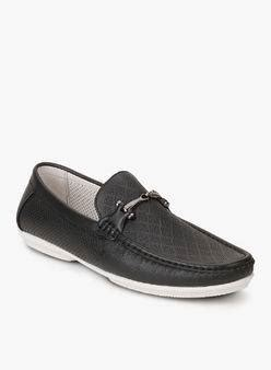difference between moccasins and loafers what is the difference between loafers and moccasins quora