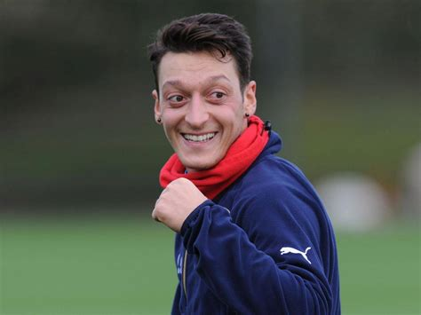 mesut ozil new hairstyle 2016 mesut ozil hairstyle hairstylegalleries com