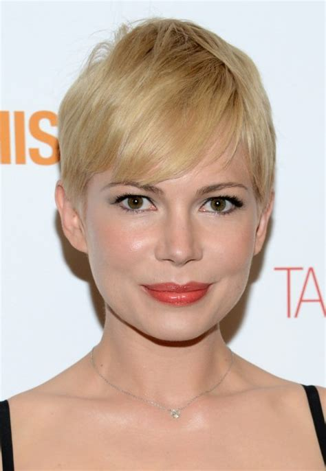 Pixie Haircut Blond Fine Hair | short blonde pixie haircut with side swept bangs for fine