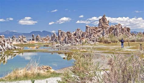 muno lade mono lake s tufa towers moon travel guides
