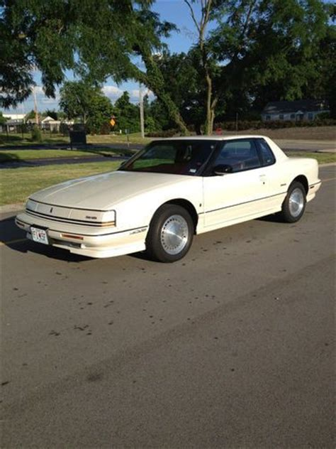 hayes auto repair manual 1992 oldsmobile toronado navigation system service manual 1992 oldsmobile toronado how to replace door handel sell used 1992 oldsmobile