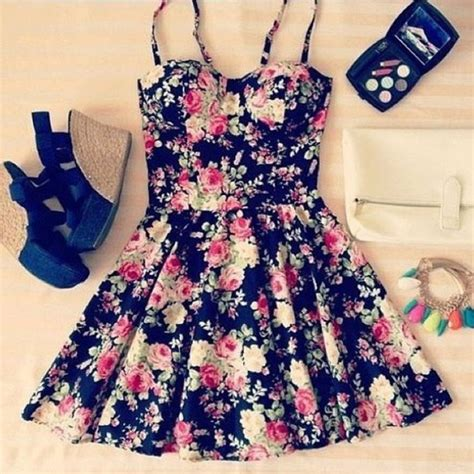 flower pattern outfit dress clothes floral wedges cute bustier shoes