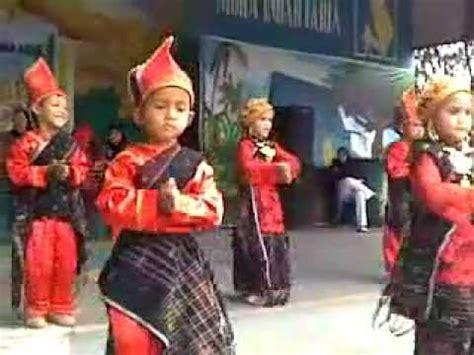 Baju Show Nyayi Penyanyi Tari tari daerah sinanggar tullo