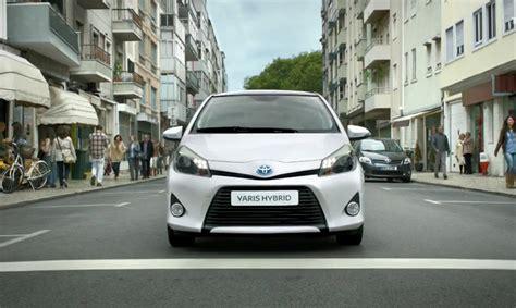 Toyota Hybrid Advert New Yaris Hybrid Tv Ad Silence The City Toyota