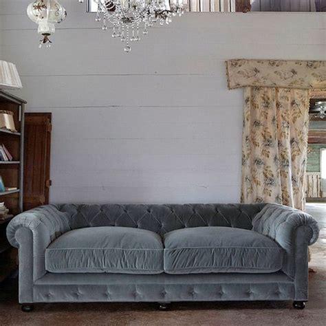divano velluto best 25 divano velluto ideas on divano di