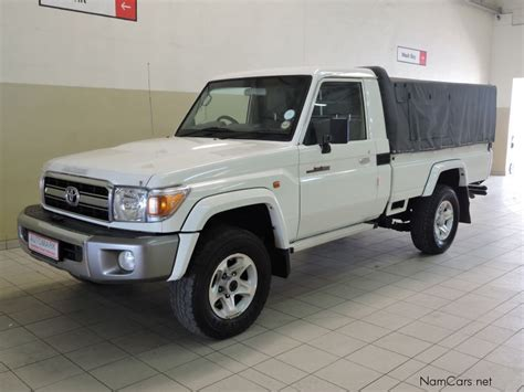 land cruiser pickup v8 used toyota land cruiser pick up 2014 land cruiser pick