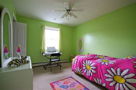 lime green walls in bedroom colors for the small bedroom pink and spring green add a