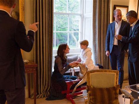 kensington palace twitter pr 237 ncipe george recebe de pijama e chinelos casal obama no