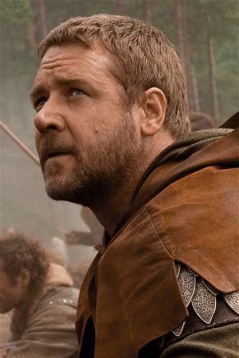 haircuts popular in the hood russell crowe robin hood haircut russell crowe