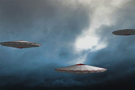 the road to strange ufos aliens and high strangeness books ireland news net ufo investigators to probe high quality
