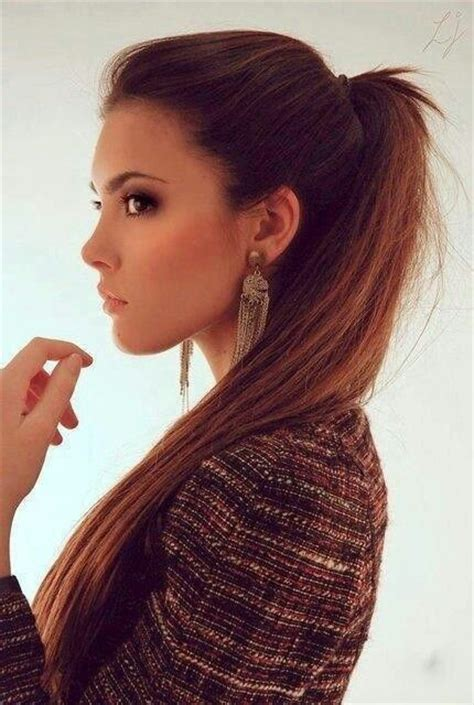 ponytail for chibby face 20 hairstyles for chubby faces herinterest com