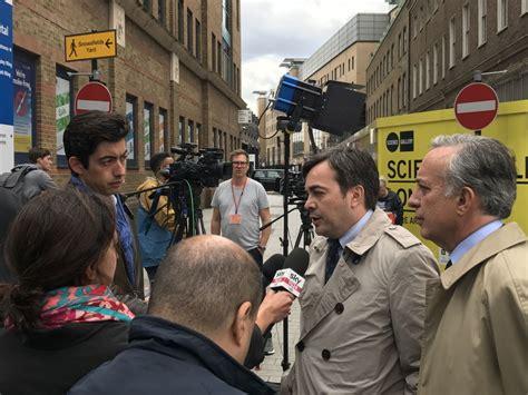 consolato italiano manchester missione di tre giorni sottosegretario agli affari
