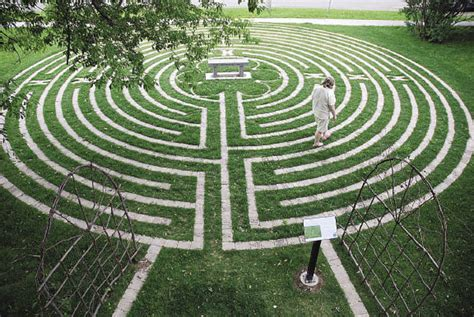 Labyrinth Garden by Tomorrow S Theme Journey Into The Labyrinth