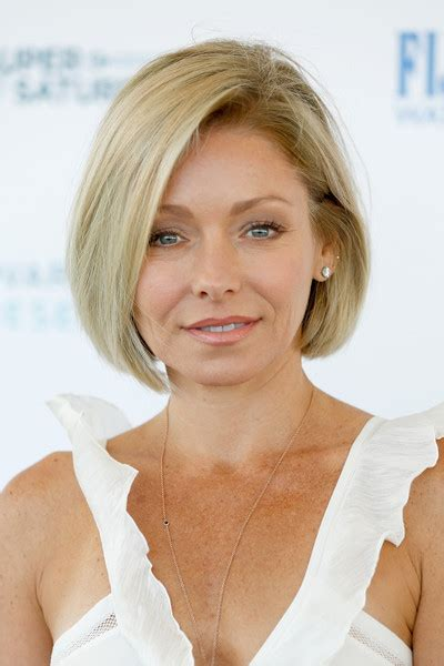 kelly ripa bob wave hair pinterest kelly ripa bobs kelly ripa hairstyle 2016 newhairstylesformen2014 com