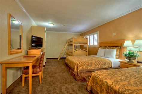Hotel Bunk Beds Hotels Near To Disneyland With Free Breakfast Anaheimislander