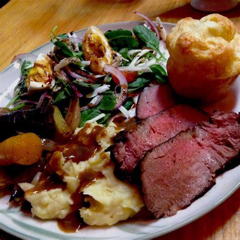 oven braised chuck roast recipe kitchenbowl