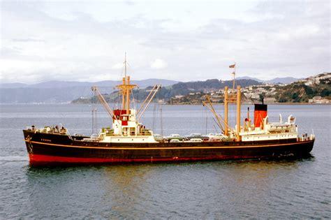 boat cruise wellington harbour mv kanna wellington harbour 1963 ship photos