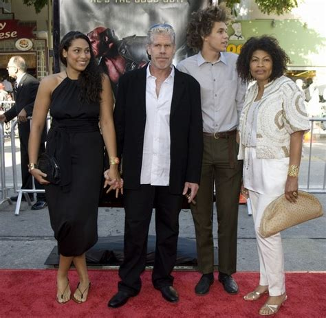 ron perlman kids the big kids file actor ron perlman and family at