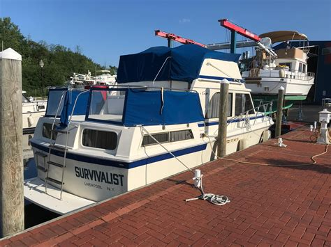 boat deal brokers brewerton ny 1986 chris craft catalina 362 power boat for sale www