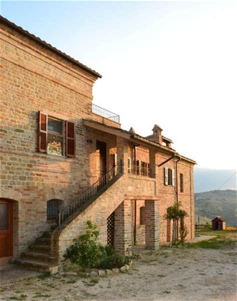 la casa dei nonni la casa dei nonni monteleone di fermo italia a ranch