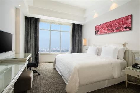 agoda four points bandung classic king room city view picture of four points by