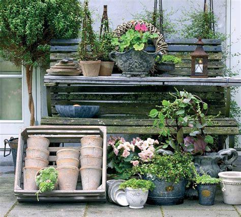 decorazioni giardini fai da te giardino shabby chic 24 spunti imperdibili per un esterno