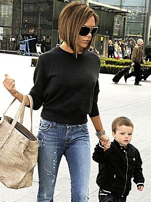 Madmouths The Beckhams Hollyscoop by Used Radio Equipment With The