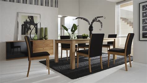 Elite Modern Italian Dining Table Diamond Black Lacquered Modern Italian Dining Room Furniture