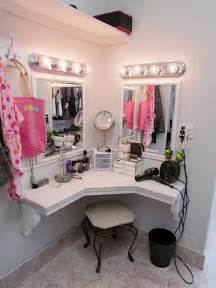 Makeup Vanity In Closet 243 Best Images About Diy Vanity Area On