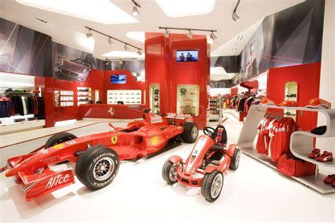 Ferrari Shop Berlin by Ferrari Store Fashion Avec Passion