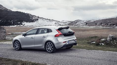 volvo v40 polestar review volvo v40 t5 r design pro polestar 2017 review by car