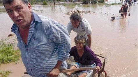diario el liberal santiago del estero clasificados m 225 s de 400 personas siguen evacuadas en santiago del