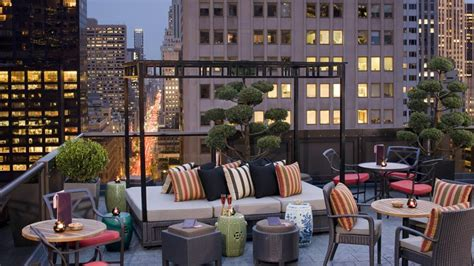 roof top bars in nyc hotel bar in midtown manhattan salon de ning the