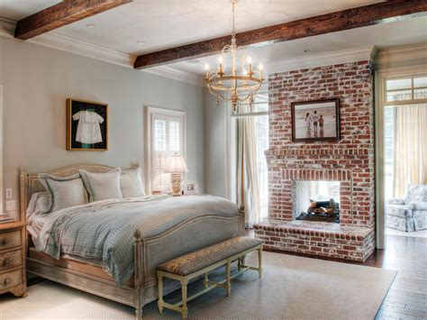 pictures of bedroom architectural details from hgtv