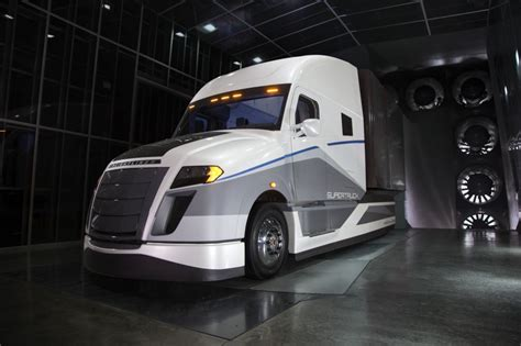 2017 volvo semi volvo semi truck 2018 car price update and release