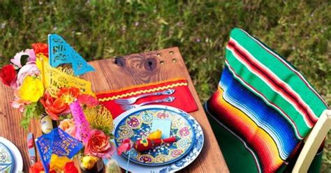 Mexican Table Ls by Chic Mexican Inspired Tablescapes For Your