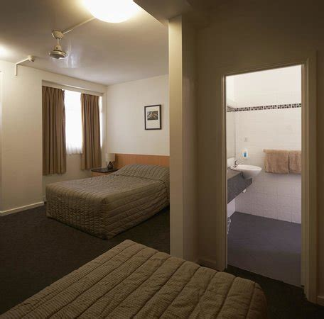 Baileys Room by Pool Area Picture Of Baileys Motel Perth Tripadvisor