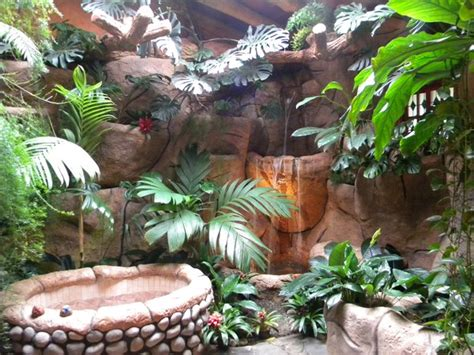 jungle themed bathroom ridiculously luxurious rainforest bathroom photo