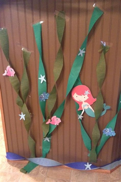 How To Make Seaweed Paper - the sea decorations use crepe paper to make